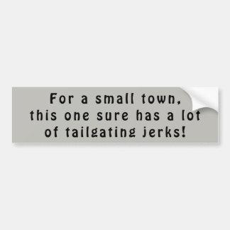 Os tailgaters da cidade pequena são empurrões adesivo para carro