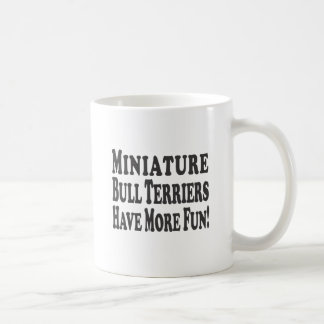 Os terrier de Bull diminutos têm mais Caneca De Café
