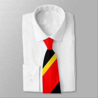 Ouro preto e listra regimental larga vermelha gravata