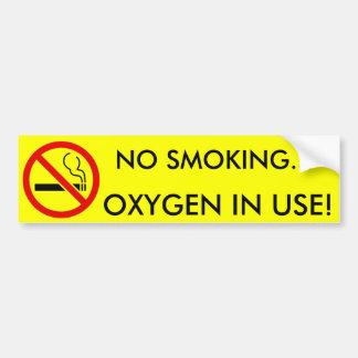 Oxigênio não fumadores no sinal do uso adesivo para carro