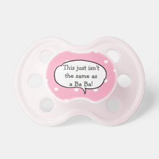 Pacifier amamentando do bebê do rosa do babá do chupeta