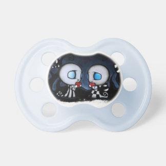 Pacifiers para babyboys no lado escuro chupeta de bebê