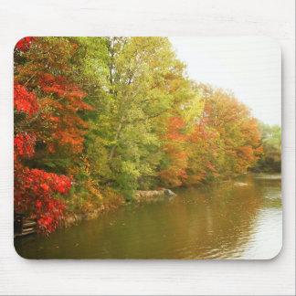 Paisagem da água do outono, Central Park Mousepad