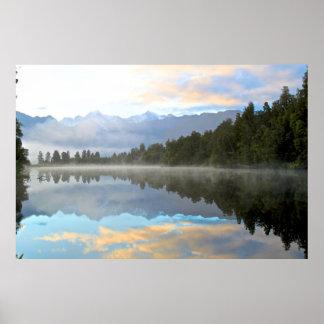 Paisagem das reflexões do amanhecer poster