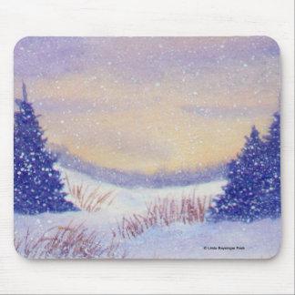 Paisagem roxa do inverno das árvores mouse pad