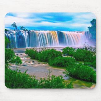 Paisagem sonhadora da cachoeira mouse pad