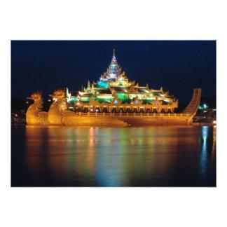 Palácio de Karaweik, Yangon, Burma, Myanmar Convites Personalizado