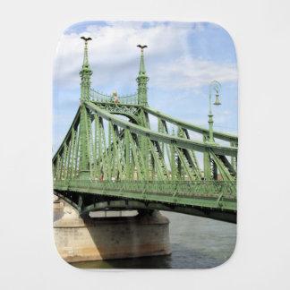 Paninho Para Bebês Ponte da liberdade, Budapest, Hungria