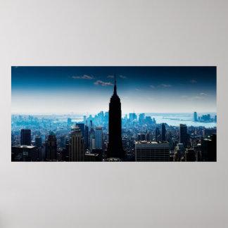 Panorama preto e azul de Manhattan Posteres
