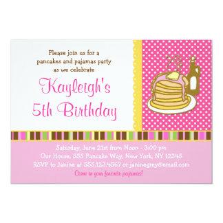 Panquecas e convites do aniversário da menina do