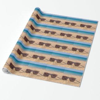 Papel De Presente Óculos de sol coloridos que encontram-se em