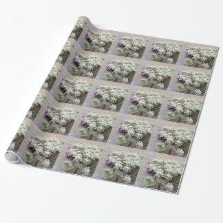 Papel De Presente Roteiro do vintage com flores brancas