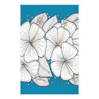 Papelaria Hibiscus com o céu azul do paraíso