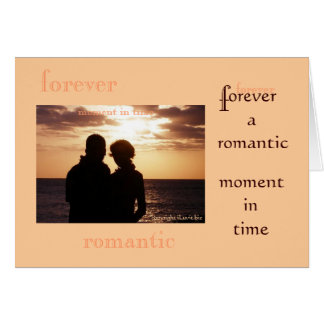 Para sempre namorados românticos de um momento a cartão comemorativo