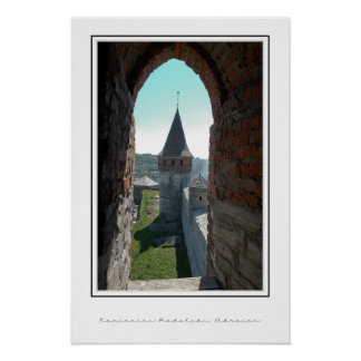 Parede do castelo, através da janela posters