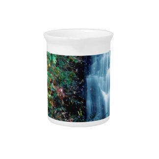 Parque da cachoeira jarros para bebidas
