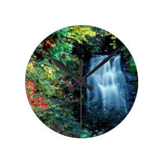Parque da cachoeira relógio para parede