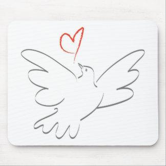 Pássaro da paz e do coração mouse pad