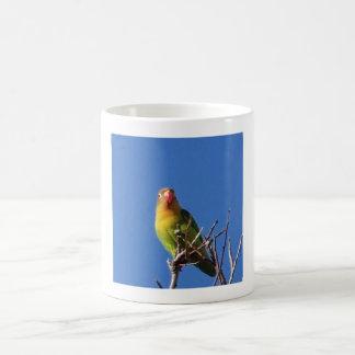 Pássaro que canta no inverno caneca