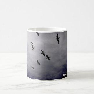 pássaros caneca de café