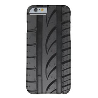 Passo do pneu capa barely there para iPhone 6