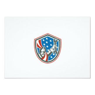 Patriota americano que mantem o protetor da chave convite personalizado