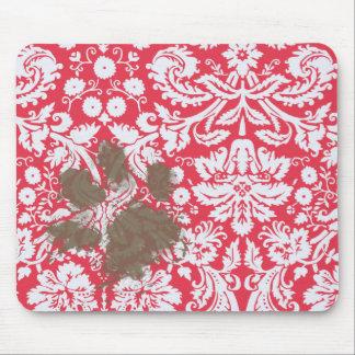 Pawprint enlameado engraçado na cor damasco vermel mouse pad