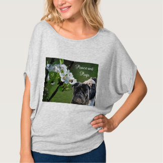 Peace and Pugs Camiseta