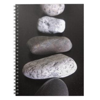 Pedras do rio cadernos espirais