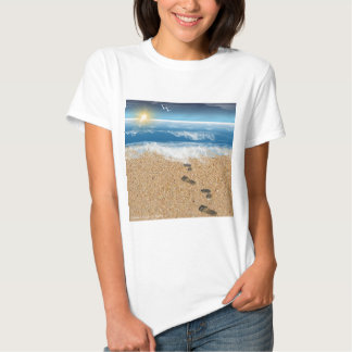Pegadas na areia tshirts