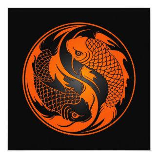 Peixes alaranjados e pretos de Yin Yang Koi Convite