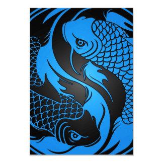 Peixes azuis e pretos de Yin Yang Koi Convites Personalizado