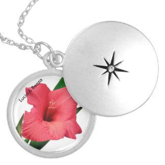 Pendente como doces com flor e nomes dos esposos colar medalhão