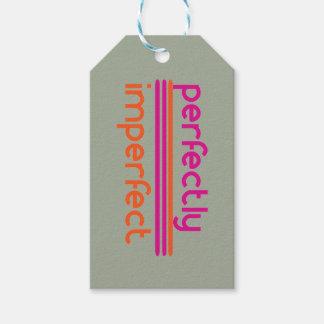 Perfeitamente imperfeito etiqueta para presente