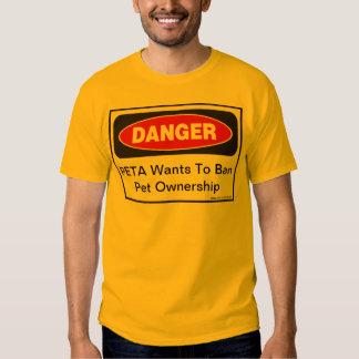 Perigo: PETA quer proibir a posse do animal de Tshirts