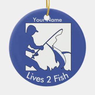 Pesca de grande jogo no azul ornamento de cerâmica redondo