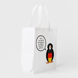 Pinguim de fala da bandeira alemão sacola ecológica
