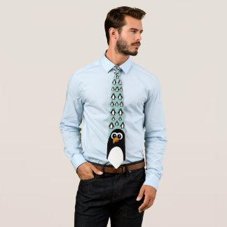 Pinguim de luxe gravata