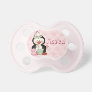 Pinguim do bebé a personalizar chupeta de bebê