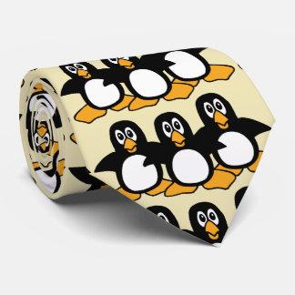 Pinguins bonitos gravata