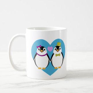 Pinguins do amor (coração azul) caneca