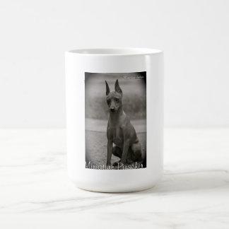Pinscher diminuto caneca de café