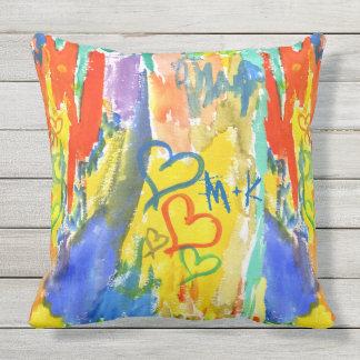 Pintura aleatória colorida dos corações abstratos almofada para ambientes externos