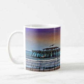 Pintura do cais em Myrtle Beach - caneca de café