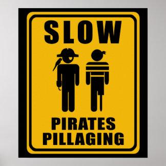 Piratas LENTOS que pilham o sinal - poster