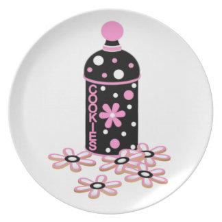Placa cor-de-rosa e preta dos biscoitos louça de jantar
