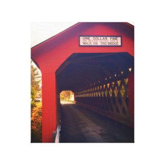 ponte coberta de vermont na queda