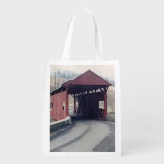 Ponte coberta sacolas reusáveis