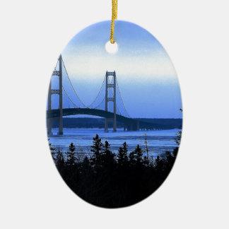 Ponte de Mackinac Ornamento De Cerâmica Oval