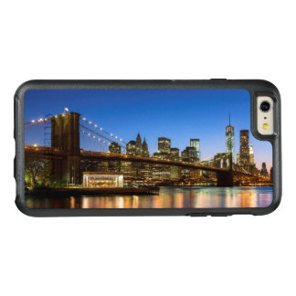 Ponte de Manhattan e de Brooklyn no crepúsculo